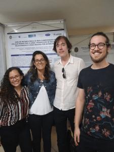 Outro registro da JICTAC 2019. Da esquerda para a direita: Fernanda Nader (IC, Farmácia), Gloria Grelle (Mestranda, Fisiologia IBCCF), Prof. Rafael Valverde (LaBiom) e seu aluno de Mestrado (Biofísica), Pedro Pompeu Fernandes da Costa.